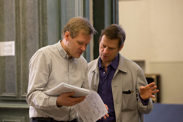 Kasper Holten and Simon Keenlyside in rehearsals for Eugene Onegin © ROH/Bill Cooper 2013