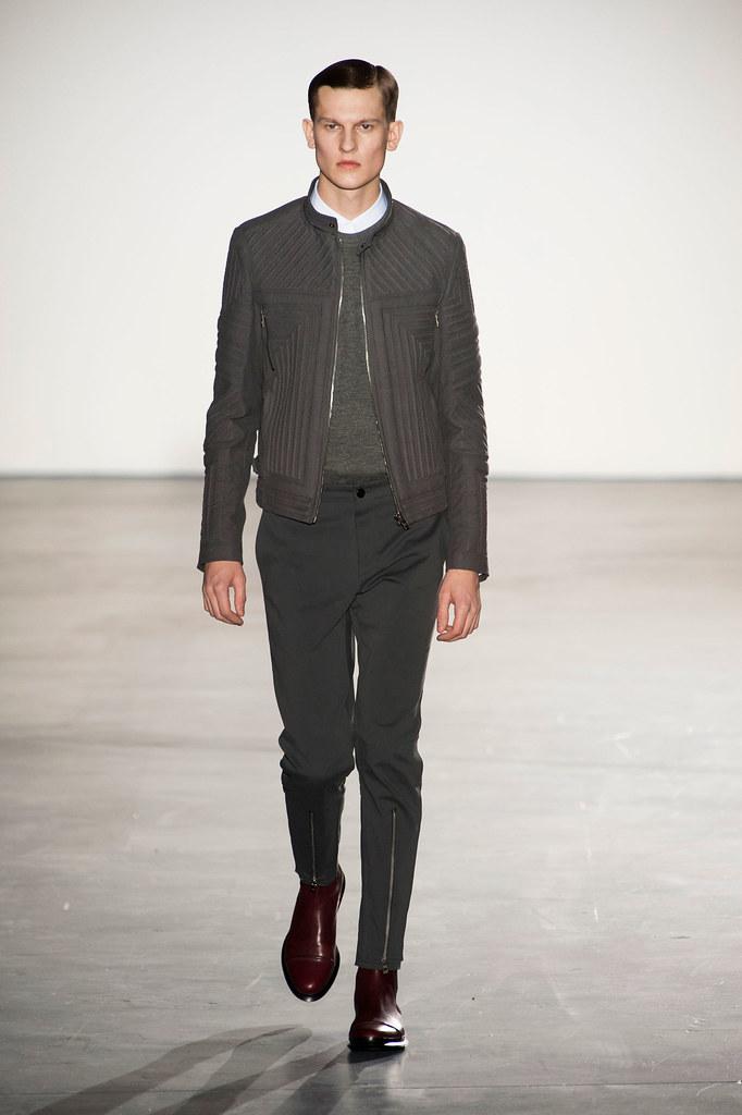FW13 Paris Wooyoungmi008_Robert Edenius(fashionising.com)