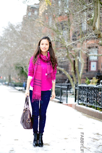 Welcome to FABBYLIFE: Fuchsia cashmere: Vince sweater & Burberry scarf