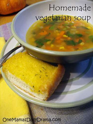 Vegetarian vegetable soup recipe | One Mama's Daily Drama