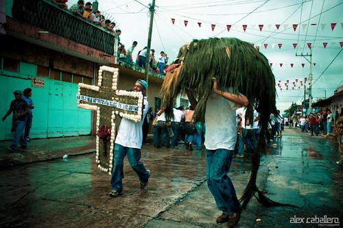 Bajada de Los Arcos Coatepec 2012 by Alex Caballero.