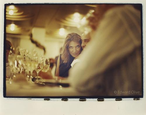 Young lady looking at camera - Copyright Edward Olive fotografos de bodas y retratos wedding & portrait photographer Spain & Europe by Edward Olive Fotografo de boda Madrid Barcelona
