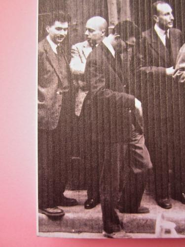 Mathieu Lindon, Cosa vuol dire amare; Barbès 2012. [resp. grafica non indicata]; fotog.: A. Robbe-Grillet, C. Simon, C. Mauriac, J. Lindon, R. Pinget, S. Beckett, N. Sarraute, C. Ollier, 1959 © M. Dondero. Copertina (part.), 5