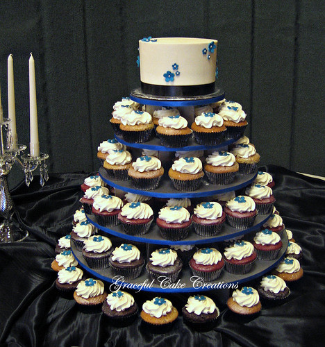 Wedding Cake Ideas Royal Blue: Royal Blue And Black Cupcake Wedding Cake