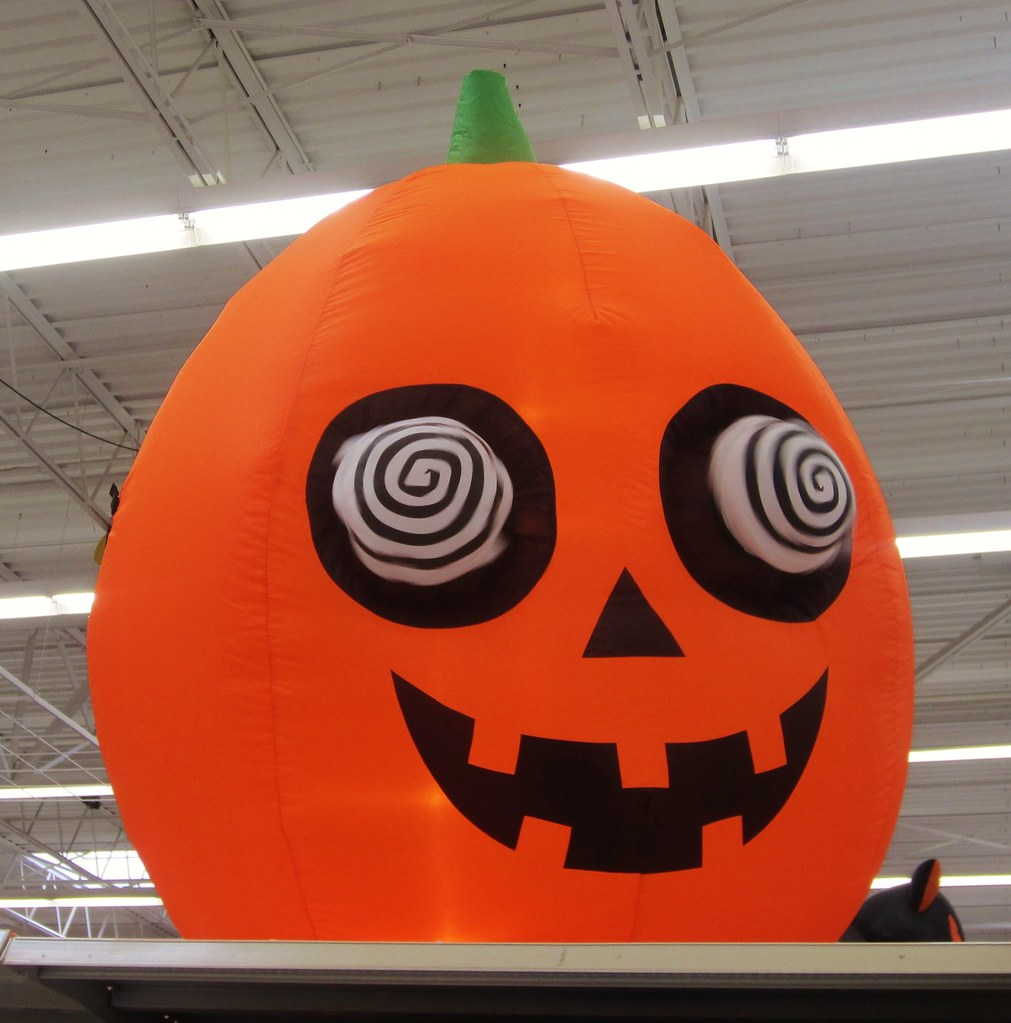 2012Oct15 Halloween Decor  289/366