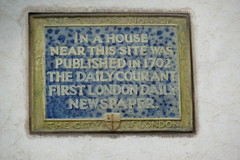 Photo of The Daily Courant blue plaque