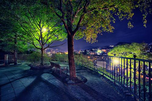 park city light tree beach japan night canon fence eos town cityscape view 日本 夜景 nagasaki 長崎県 ベンチ 長崎市 canonef1740f4lusm 5dmarkii nagasakishi 大浦展望公園 chibitomu