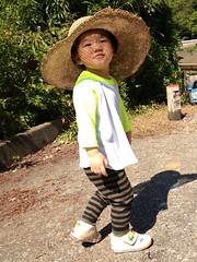麦わら帽子で散歩 (2012/10/15)