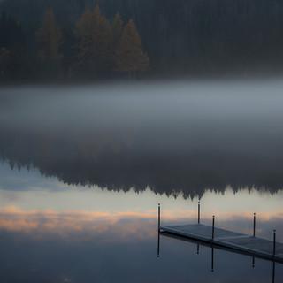 Dernier reflet de montagne... nuage sous quai... brume exquise... !!!