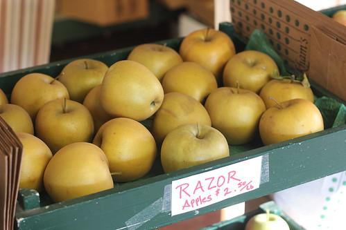 Razor Apples