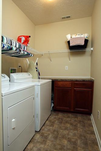 First floor laundry in Flatrock Ridge