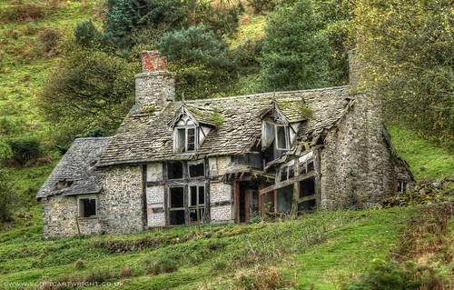 Spooky Cottage HDR