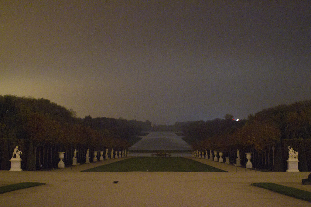 Versailles at night 2