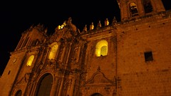 The Cusco Cathedral (Catedral de Cusco) as seen at night.