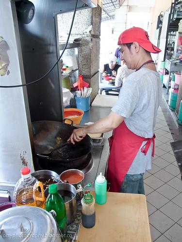 char kueh teow / char kway teow / char kuey teow / char koay teow at restoran 8888, damansara perdana R0019391 copy