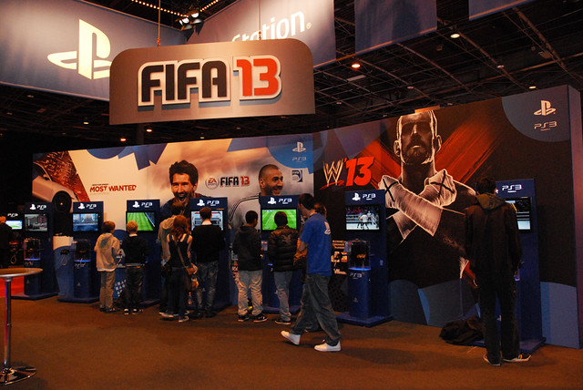 Stand PlayStation - FIFA 13