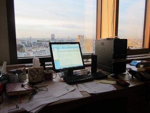 Un bureau encombré?