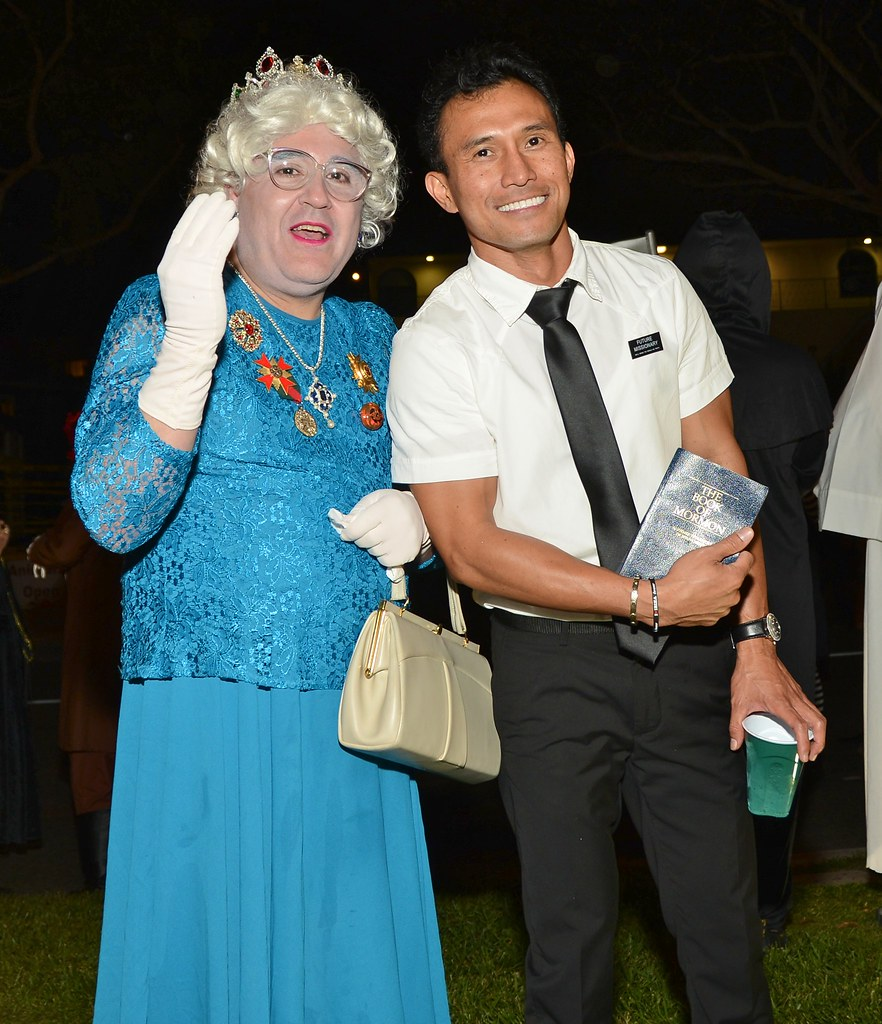 halloween west hollywood 2012 drag queen elizabeth and mormon missionary - Mormon Halloween Costumes