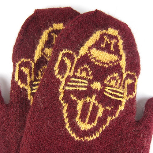 Goldi Gopher Mittens
