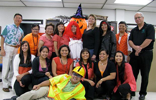 <p>Honolulu CC costume contest participants</p>