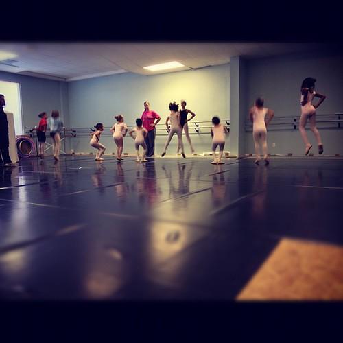 Warm up. #ballet