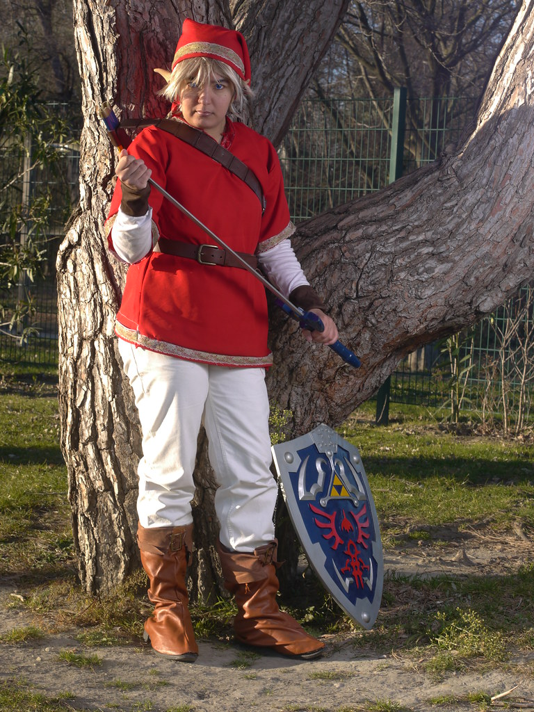 related image - Shooting Red Link - Avignon - 2013-01-03- P1520587