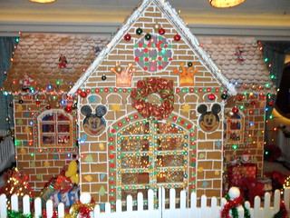 Gingerbread House (5)