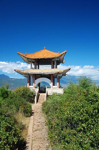 elephant hill lijiang china