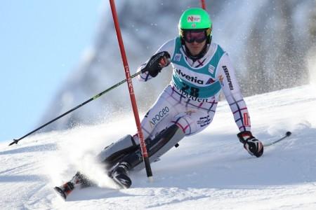Krýzl bodoval ve slalomu v Adelbodenu, Křížová skvěle zvládla sjezd v St. Antonu a Pauláthová bronzová v GaPa v obřím slalomu