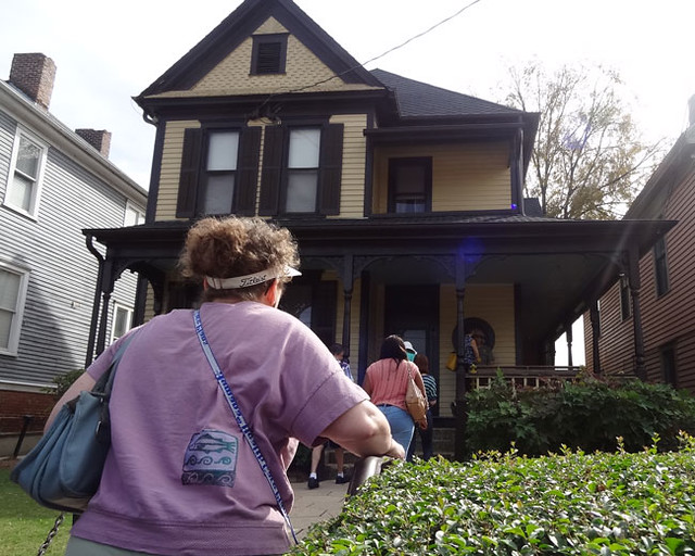 mlk-birth-house-outside