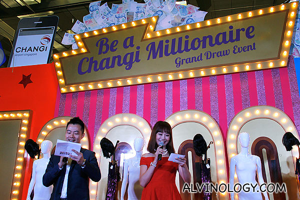 Show hosts, Daniel Ong and Lin Peifen