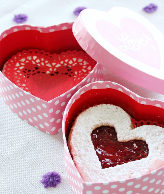 Hi Sugarplum | Easy Linzer Heart Cookies
