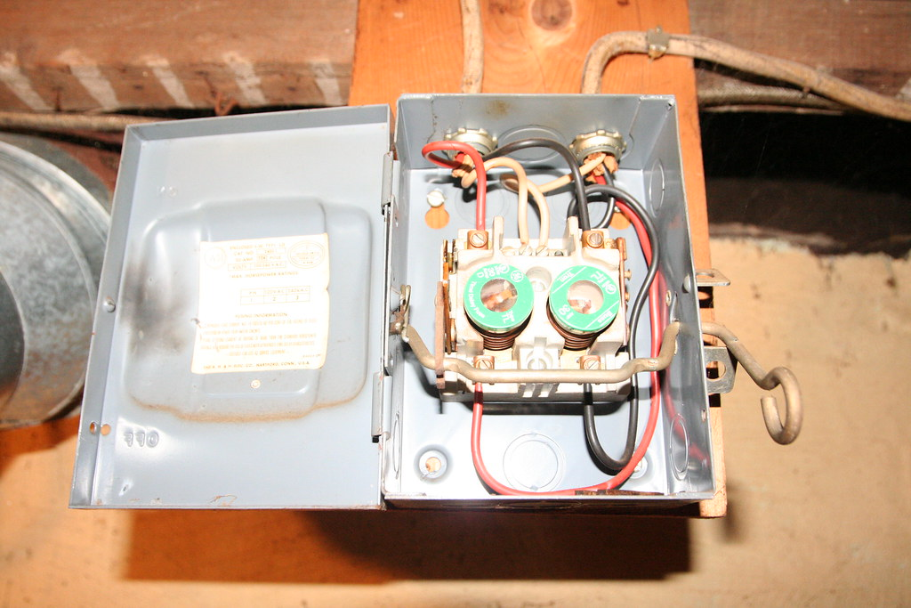 dryer fuse box manual e book dryer fuse box still allows 110v to outlet when lever is switched todryer fuse box still