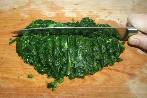39 - Blattspinat schneiden / Cut leaf spinach