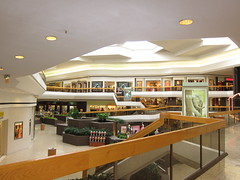 restaurant(0.0), food court(0.0), fast food restaurant(0.0), cafeteria(0.0), lobby(0.0), bar(0.0), retail-store(0.0), ceiling(1.0), interior design(1.0), shopping mall(1.0),