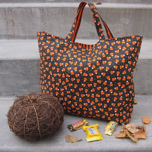 Bag of the Month - Reversible Trick or Treat Bag