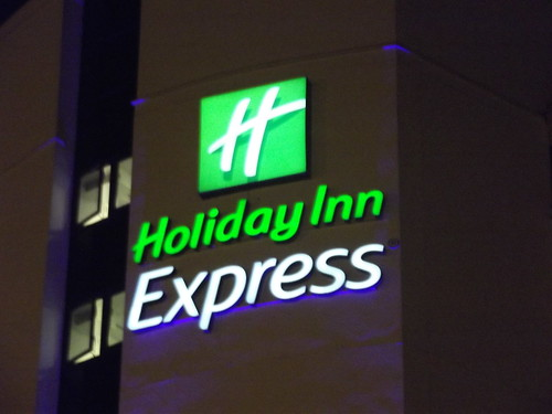 Holiday Inn Express opens in Singapore