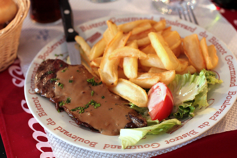 Steak frites at L'Entrecote des Halles