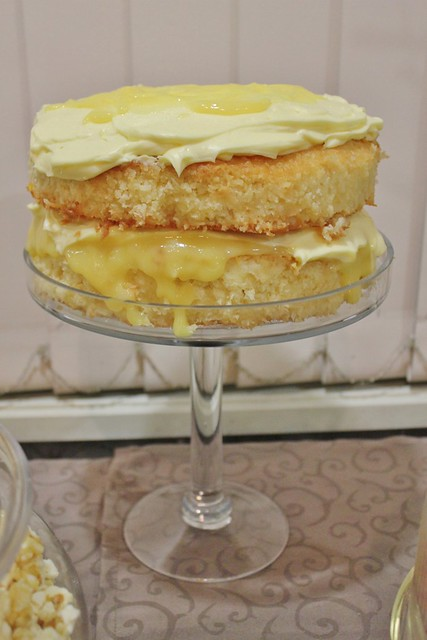 Lemon & Coconut Cake
