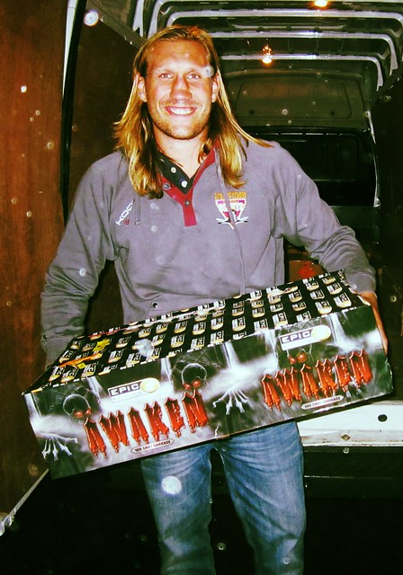 Big Eorl Visits Epic Fireworks