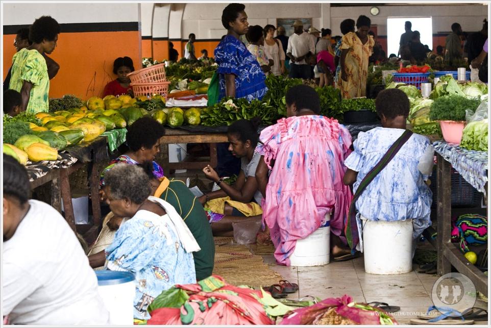 2012 08 01_Magda i Tomek Dookola Swiata_Vanuatu-rynek_DSC_0066