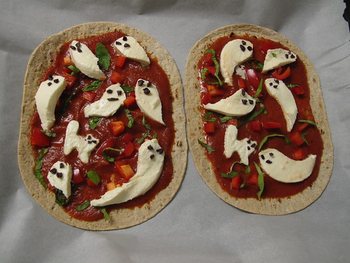 Ghost Pizza Halloween Food 5