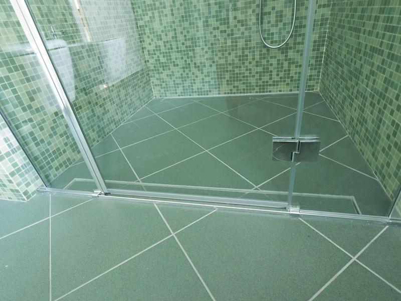 Piastrelle doccia mosaico parchi with piastrelle doccia mosaico doccia filo pavimento con - Doccia a pavimento mosaico ...