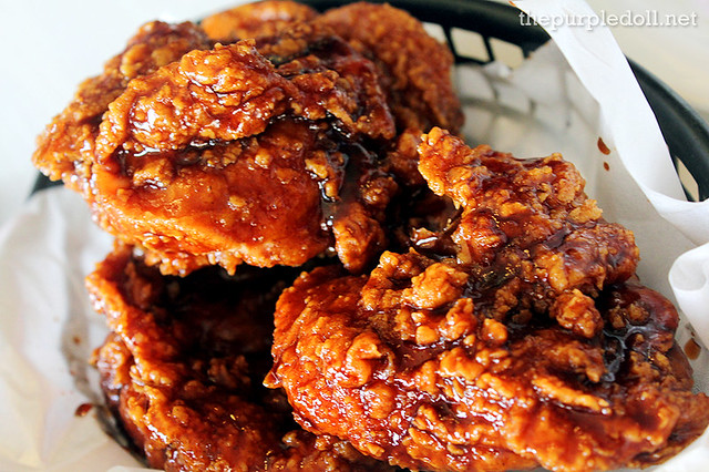 Crispy-Glazed Chicken Barkada Bucket P604