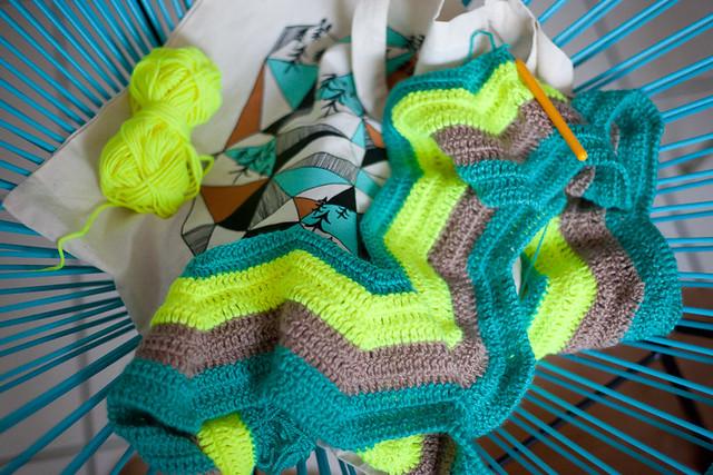 ma couverture chevron au crochet tuto inside planb par morganours. Black Bedroom Furniture Sets. Home Design Ideas