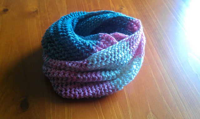 Pink/Grey Purse Stitch Scarf