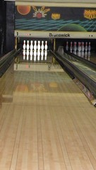 team sport(0.0), floor(1.0), bowling pin(1.0), individual sports(1.0), sports(1.0), ball game(1.0), ten-pin bowling(1.0), bowling(1.0),