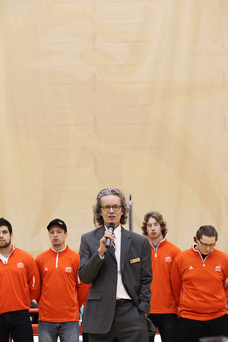 Dr Alan Shaver speaks with athletes behind him (Jan 31, 2013 Snucins)