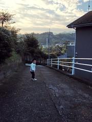 朝散歩 - とらちゃんと山 (2012/10/15)