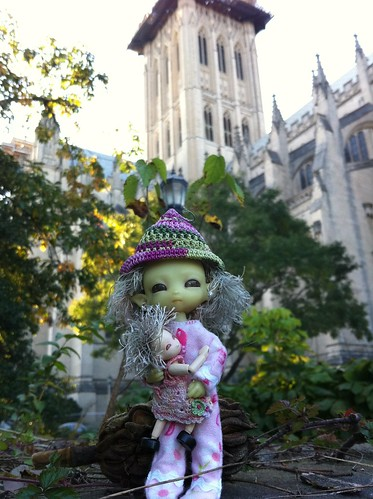 At's Da National Cathedral, Still LoTsa FiX'nZ From's Da EarthQuakey Last Year by DollZWize